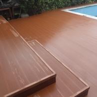 Drevoplastová terasa a drevoplastový obklad bazénu (31)