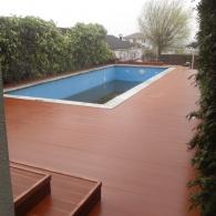 Drevoplastová terasa a drevoplastový obklad bazénu (32)