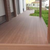 Drevoplastová terasa a drevoplastový obklad bazénu (34)